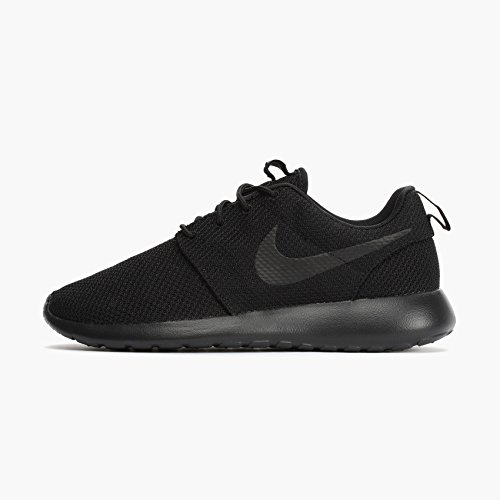 Nike Men s Roshe One Bla…